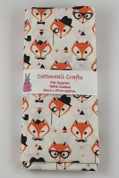 Fat Quarter - CP715 Foxes - Ivory